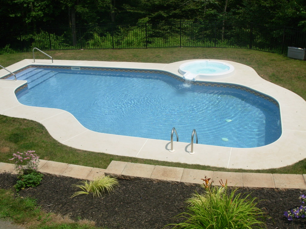 Mountain Lake Pool Design with Spillover Spa - Morgantown, PA