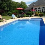 In-ground vinyl liner pool